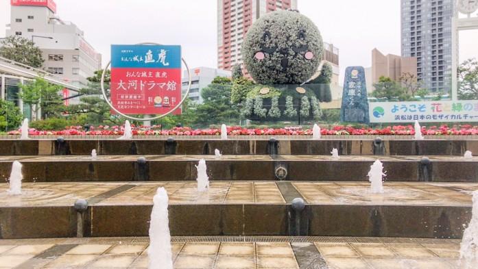 浜松駅前にある花の直虎