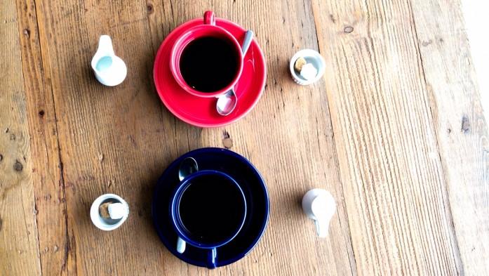 RED&BLUEのカップ